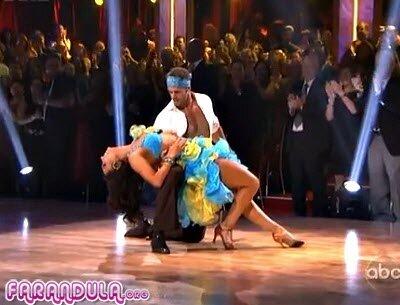 William Levy bailando salsa